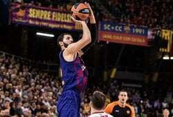 """N.Mirotičius taikliu dvitaškiu paskutinėmis sekundėmis išplėšė """"Barcelonai"""" pergalę prieš CSKA"""