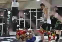 Pamatykite: Rusijos MMA kovotojas išjuokė M.Kokliajevą nokautavusį A.Jemeljanenką bei pasidalino įrašu iš treniruotės
