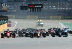 """Istorinėse """"F-1"""" sprinto lenktynėse – M.Verstappeno pergalė, įspūdingas F.Alonso startas ir S.Perezo nesėkmė"""