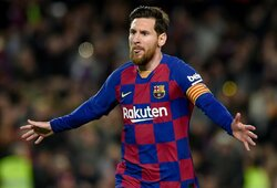 """Kiek """"Barcelona"""" žaidėjams sumažės algos nurėžus 70% jų sumos?"""