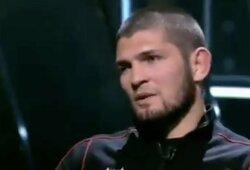 """Ch.Nurmagomedovas sureagavo į R.Kadyrovo ir Ch.Čimajevo žodžius: """"Mano sugrįžimo geriau nelaukite"""""""