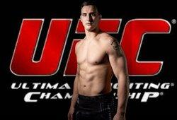"""Parašą ant sutarties padėjęs ir pirmuoju lietuviu UFC tapęs M.Bukauskas: """"Tai tik kelio pradžia"""""""