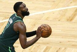 """""""Celtics"""" visam sezonui prarado J.Browną"""