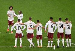 """""""Carabao"""" taurė: """"Arsenal"""" po baudinių serijos eliminavo """"Liverpool"""""""