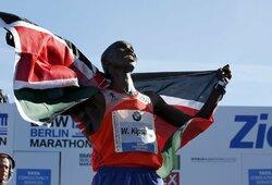 Buvusiam pasaulio rekordininkui – 4 metų diskvalifikacija: bandė visus apgauti viena nuotrauka