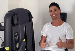 """C.Ronaldo su komandos draugais ir treneriu sutaupys """"Juventus"""" 90mln. eurų"""