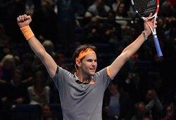 """""""ATP Finals"""" turės naują nugalėtoją: D.Thiemas """"nukarūnavo"""" A.Zverevą"""
