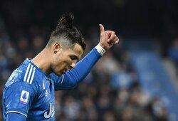 Priėmė pilvo preso iššūkį: Portugalijos rinktinės gynėjas įveikė C.Ronaldo, B.Matuidi įrodė, kad jau nugalėjo koronavirusą
