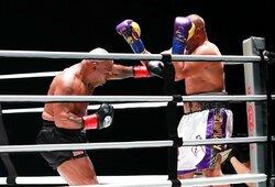 G.Foremanas mato kelią M.Tysonui iki kovos dėl pasaulio čempiono diržo, T.Atlasas ir L.Holmesas jam prieštarauja