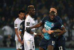 """Pamatykite: """"Porto"""" puolėjas paliko aikštę dėl rasistinių užgauliojimų"""