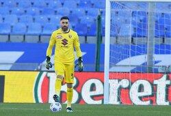 """Įsiutęs """"Torino"""" vartininkas kreipėsi į komandos draugus: """"Jums patinka žaisti kaip š***ms?"""""""