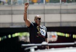 M.Ujiri dėl triumfo NBA finale dėkojo ir J.Valančiunui