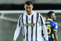 """C.Ronaldo pelnytas įvartis neišgelbėjo: """"Juventus"""" išleido pergalę prieš """"Verona"""" futbolininkus"""