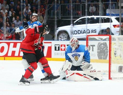 Suomių ir kanadiečių rungtynės