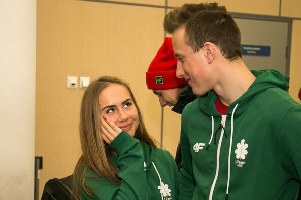 Lietuvos sportininkai išlydėti į Europos jaunimo olimpinį žiemos festivalį