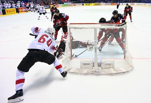 Kanadiečių ir šveicarų rungtynės