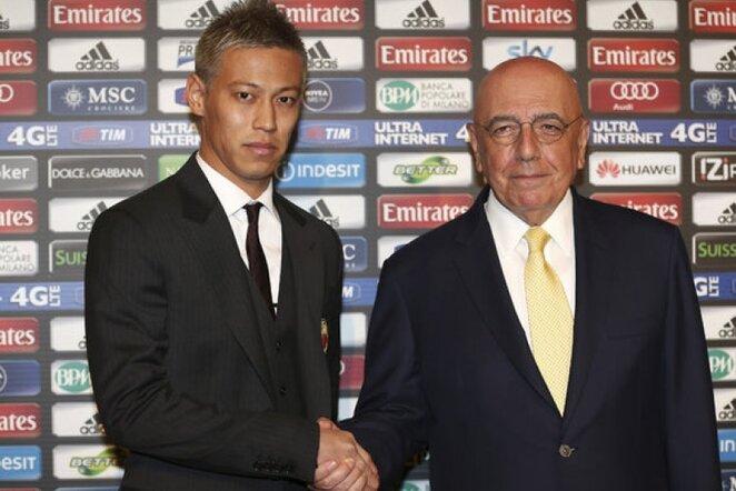 Keisuke Honda ir Adriano Galliani | AP/Scanpix nuotr.