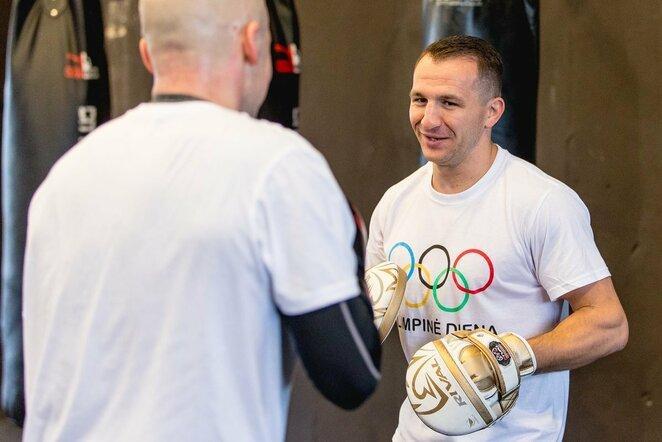 Egidijus Kavaliauskas žinomus žmones mokė bokso paslapčių   Elvio Žaldario nuotr.