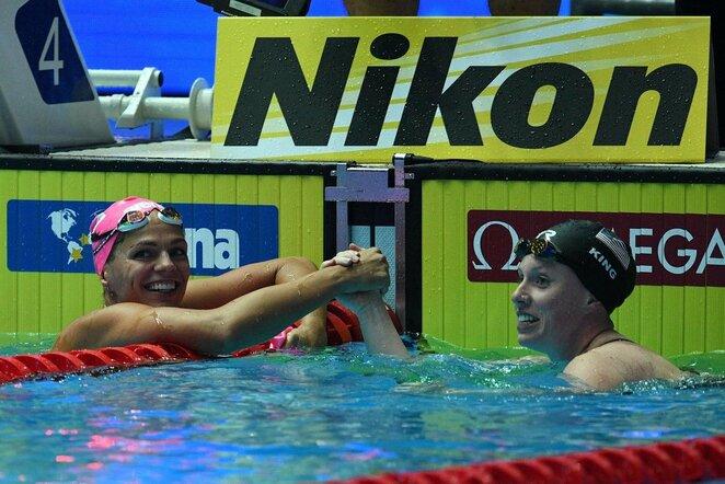 Lilly King ir Julija Jefimova | Scanpix nuotr.