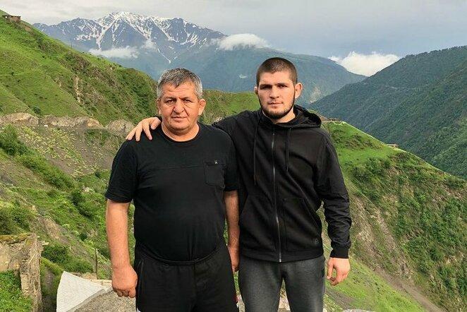 Tėvas ir sūnus Nurmagomedovai   Instagram.com nuotr