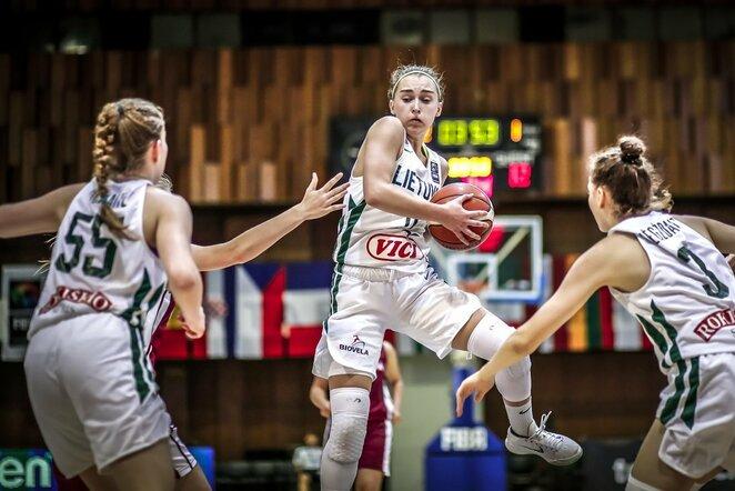 Lietuvos aštuoniolikmečių merginų krepšinio rinktinė | FIBA nuotr.
