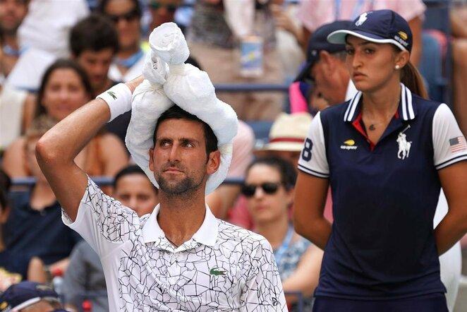Novakas Djokovičius prieš Joao Sousą   Scanpix nuotr.