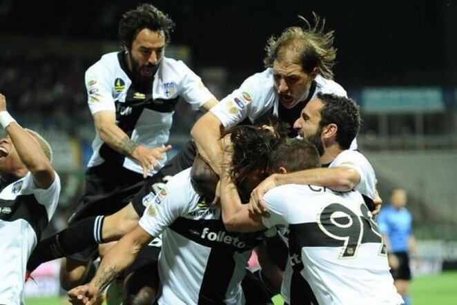"""""""Parma"""" futbolininkų džiaugsmas   LaPresse/Scanpix nuotr."""