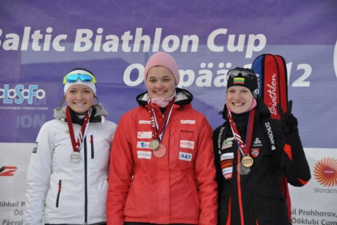 Gabrielė Leščinskaitė (dešinėje)   Lietuvos biatlono federacijos nuotr.