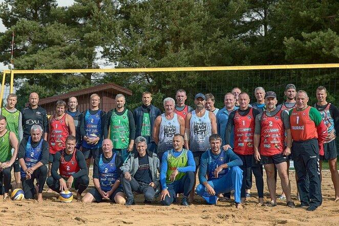 Kelmėje surengtas finalinis Lietuvos veteranų paplūdimio tinklinio čempionato etapas   Organizatorių nuotr.
