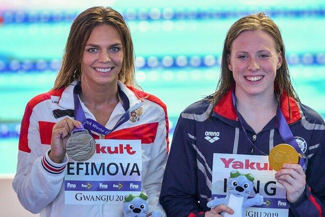 Julija Jefimova ir Lilly King | Scanpix nuotr.