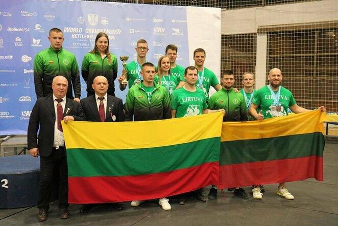 Lietuviai pasaulio svarsčių kilnojimo čempionate | Organizatorių nuotr.