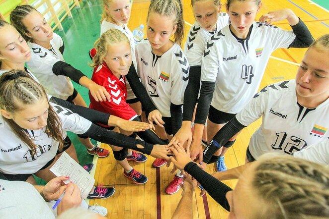 Lietuvos jaunių (iki 16 metų) merginų tinklinio rinktinė | Evaldo Šemioto nuotr.