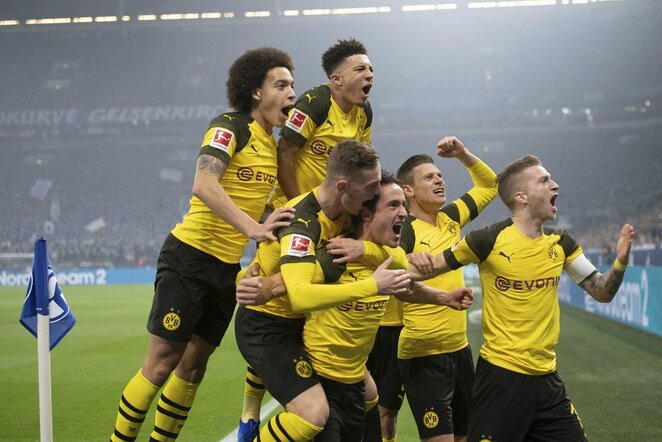 "Vokietijos ""Bundesliga"": Gelzenkircheno ""Schalke"" - Dortmundo ""Borussia""   Scanpix nuotr."