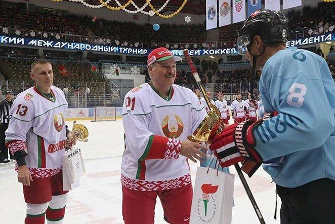 Aleksandras Lukašenka ir Dainius Zubrus | Organizatorių nuotr.