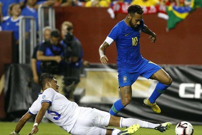Brazilijos - Salvadoro rungtynių akimirka | Scanpix nuotr.