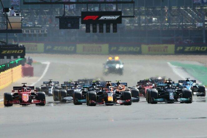Didžiosios Britanijos GP sprinto lenktynių startas | Scanpix nuotr.