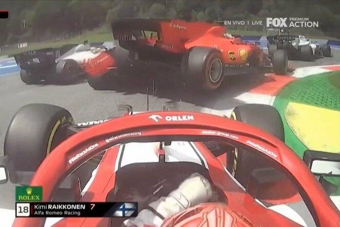 """""""Ferrari"""" pilotų avarija   """"Twitter"""" nuotr."""