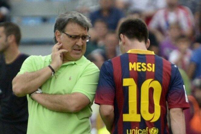Gerardo Martino (kair.) ir Lionelis Messi (deš.)   REUTERS/Scanpix nuotr.