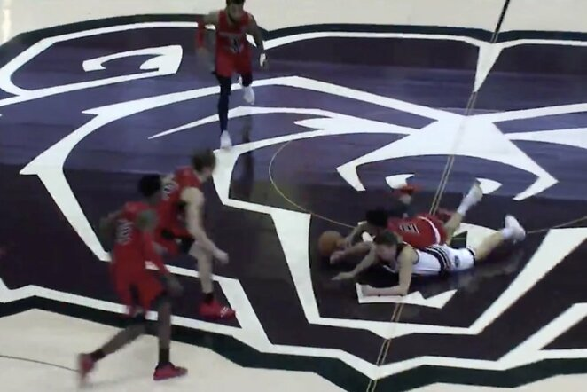 "Sumaištis NCAA rungtynėse | ""Stop"" kadras"