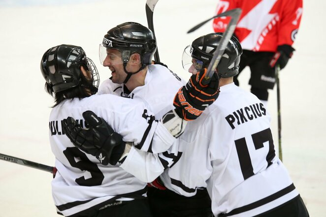 "ESSM-2000 - ""Hockey Punks"" rungtynių akimirka   hockey.lt nuotr."