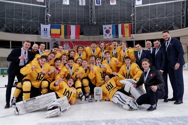 Lietuvos rinktinės apdovanojimai pasaulio IIA divizono čempionate Elektrėnuose | Sportas.lt/Tito Pacausko nuotr.