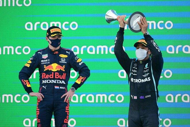 Maxas Verstappenas ir Lewisas Hamiltonas | Scanpix nuotr.