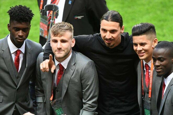 """Axelis Tuanzebe, Luke'as Shaw, Zlatanas Ibrahimovičius, Marcosas Rojo ir Ericas Bailly   """"Twitter"""" nuotr."""
