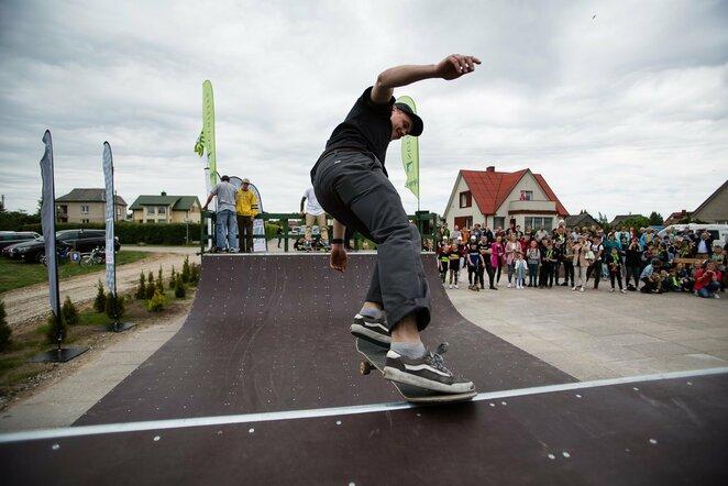 Modernų riedlenčių parką Išoruose atidarė A.Veryga ir B.Vanagas | Organizatorių nuotr.