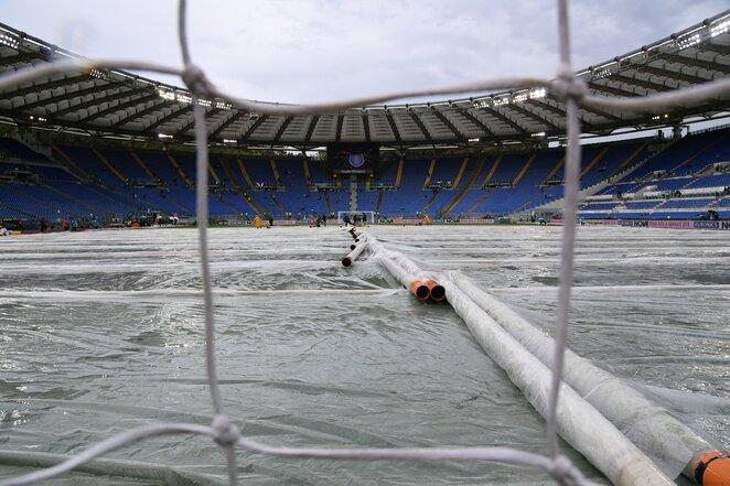 "Vanduo stadione prieš ""Lazio"" - ""Milan"" akistatą | Scanpix nuotr."