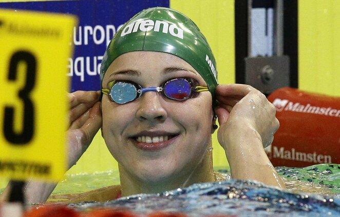 Rūta Meilutytė po 2014 metų Europos plaukimo čempionato 50 metrų krūtine finalo, kuriame iškovojo aukso medalį   Scanpix nuotr.
