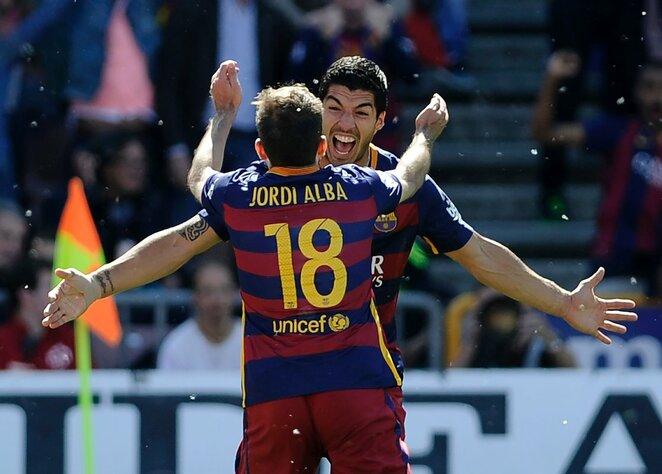Luisas Suarezas ir Jordi Alba | Scanpix nuotr.
