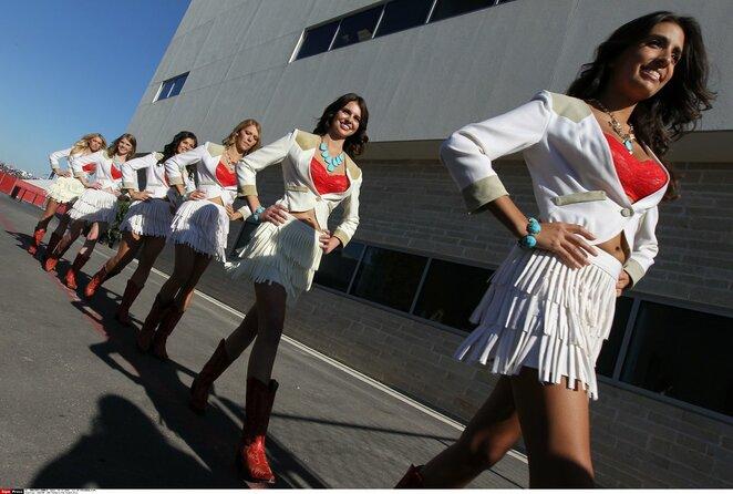 "Merginos per ""Formulės 1"" lenktynes | Scanpix nuotr."