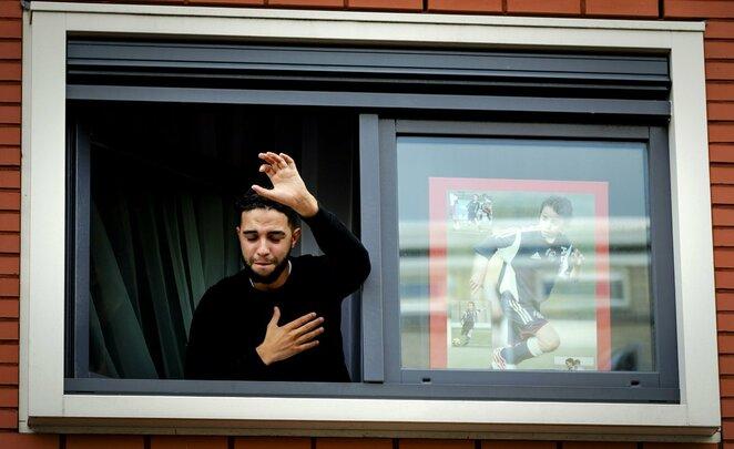 A.Nouri brolis dėkoja fanams | Scanpix nuotr.