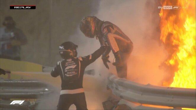 "Romaino Grosjeano avarija   ""Scanpix"" ir instagram.com nuotr."